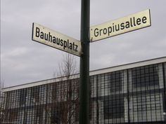 The DDR called this street Marxallee (for Karl Marx), after reunification with BRD it was renamed Gropiusallee. Bauhaus, Dessau.