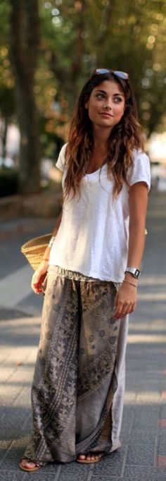 everything about this speaks to my inner self.  long hair, no makeup, boho style. Um..yes! Dk