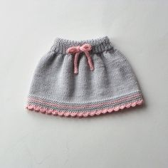 Bebek elbise modelleri Informations About Baby skirt knitted baby skirt merino wool skirt grey and pink skirt MADE TO ORDER … Knitting For Kids, Baby Knitting Patterns, Baby Patterns, Hand Knitting, Vogue Knitting, Baby Girl Skirts, Baby Skirt, Toddler Skirt, Ski Girl
