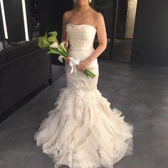 2着目探し♪ 切り返しで、スレンダーに見えるマーメイド #verawang  #ethel  #weddingdress  #日本中の花嫁さんと繋がりたい…