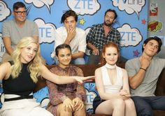 Can't wait until the new episode on Friday Who are you shipping??? Lili Reinhart (Betty), Camila Mendes (Veronica), Madelaine Petsch (Cheryl), KJ Apa (Archie), Cole Sprouse (Jughead) and Luke Perry (Luke)