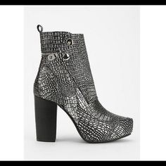 "JC Cuevas Metallic Heel •New!! Comes in box with shoe bags!!!                            •Heel 4"", Platform 1.75"", Heel to top of shaft 9.5"" Jeffrey Campbell Shoes Ankle Boots & Booties"