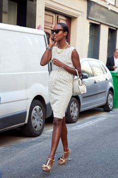 I'm overwhelmingly obsessed with these types of dresses. Fav thing to wear to the office!