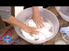 sandık ve küf lekesi çözümü How to remove the stains and mold stains. Diy Hacks, Cleaning Hacks, Pink Spray Paint, Paper Butterfly Crafts, Cutting Activities, Diy Robot, Diy Ombre, Clean Dishwasher, Simple Life Hacks
