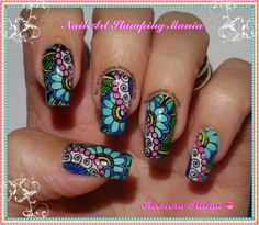 Nail Art Stamping Mania: LeadLight Technique With CiCi-SiSi Plate http://nailartstampingmania.blogspot.it/2014/05/leadlight-technique-with-cici-sisi-plate.html