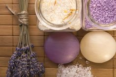 I bet that smells so good....nothing better than mixing up the lavendar and vanilla bath salts!