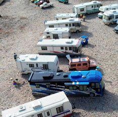 LEGO campers lined up Lego Camper, Lego Plane, Big Lego, Lego Truck, Making Wooden Toys, Lego Pictures, Amazing Lego Creations, Lego For Kids, Lego Design