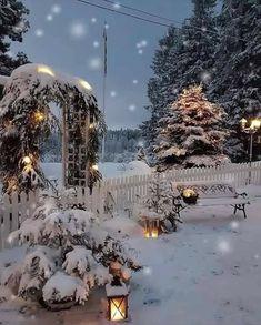 Winter Szenen, Winter Magic, Winter Holidays, Christmas Wonderland, Cozy Christmas, Christmas Lights, Winter Christmas Scenes, Christmas Countdown, Magical Christmas