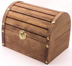 wooden Treasure chest - Hľadať Googlom