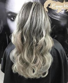 Popular, Long Hair Styles, Beauty, Blonde Hairstyles, Kiss, Highlight, Strands, Hair Streaks, Beleza