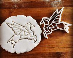 Emporte-pièce de Pegasus origami  biscuits fraises  l'un par Made3D