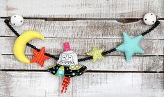 Kinderwagenkette hinterm Mond sofort rechts... von LiebensWert auf DaWanda.com