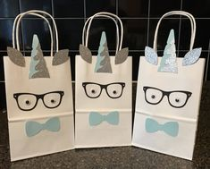 boy Unicorn party favor bag, boy favor box, treat bag , candy bag , favor bag, boy unicorn theme party by PartyMagicStudio on Etsy https://www.etsy.com/listing/541087488/boy-unicorn-party-favor-bag-boy-favor