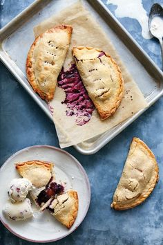 Have plenty of napkins ready for these handheld pies, as part of their appeal is the delicious fruit juice that escapes with every bite. Tart Recipes, Fruit Recipes, Dessert Recipes, Recipies, Small Desserts, Just Desserts, Beignets, Fried Pies, Blueberry Recipes