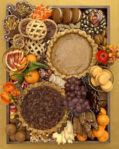 Thanksgiving Platter, Thanksgiving Deserts, Thanksgiving Feast, Holiday Desserts, Thanksgiving Wedding, Holiday Parties, Dessert Platter, Dessert Boxes, Dessert Buffet