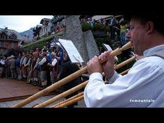 Dimanche 5 août... Quelques images de la Fête des Guides du Val Montjoie... Avec les guides de Saint-Gervais Mont-Blanc et des Contamines Montjoie...  http://www.tvmountain.com/video/alpinisme/9120-fete-des-guides-du-val-montjoie-saint-gervais-mont-blanc-les-contamines-montjoie-2012.html#