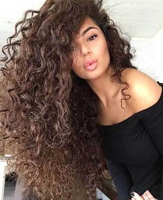 25 Gorgeously Long Curly Hairstyles