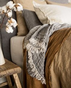 Dream Bedroom, Home Bedroom, Bedroom Decor, Bedroom Ideas, Ux Design, Interior Design, Design Your Home, Cool Beds, Linen Bedding