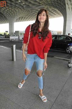 Disha Patni, Bollywood, Abstract Art, Lose Weight, Childhood, Actors, Workout, Lifestyle, Celebrities