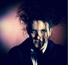 Who loves Robert Smith and The Cure? Recital, Robert Smith The Cure, Punk Boy, Waves Icon, James Smith, I Robert, Beautiful Lyrics, Post Punk, Pictures Of You