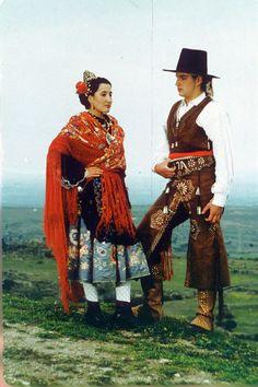 traje de la Sierra de Gata, Extmadura Spain