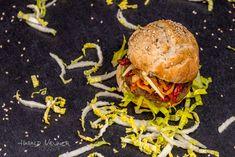 FOOD – FOTOGRAFIE Harald NEUNER Petra, Hamburger, Ethnic Recipes, Food, Food Food, Meal, Hamburgers, Essen, Hoods