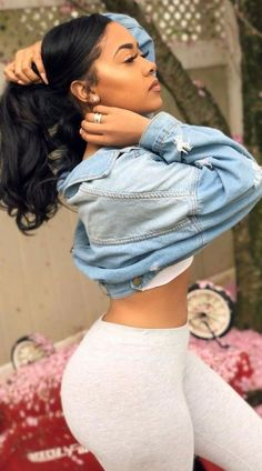 """Want to look like a """"bad girl"""" and shut the place down when you walk in the spot? Check this outfit out here. Foto Glamour, Fine Girls, Corpo Sexy, Looks Pinterest, Thick Body, Vetement Fashion, Femmes Les Plus Sexy, Body Inspiration, Sexy Women"""