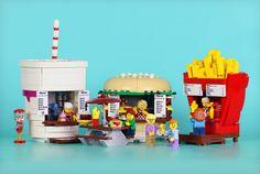LEGO Ideas - Food Stand Diners created by FrostBricks Lego City, Lego Modular, Lego Design, Lego Friends, Modele Lego, Lego Ritter, Lego Food, Lego Knights, Amazing Lego Creations