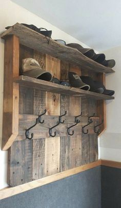 Use Pallet Wood Projects to Create Unique Home Decor Items Unique Home Decor, Home Decor Items, Diy Home Decor, Pallet Furniture, Furniture Design, Furniture Ideas, Furniture Inspiration, Office Furniture, Building Furniture