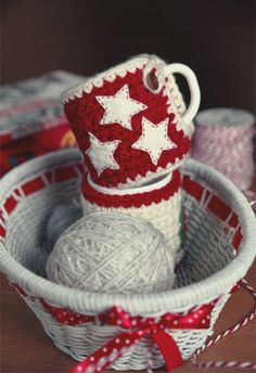 2013 cute handmade Christmas star mug crochet cozy.  warm your cup and warm your life.
