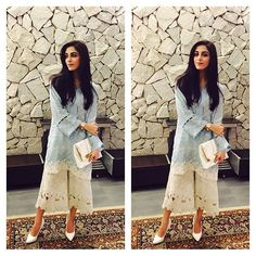 And I am totally in love with this simple yet stylish outfit of Pakistani Fashion Casual, Pakistani Dress Design, Pakistani Outfits, Indian Outfits, Indian Fashion, Formal Fashion, Simple Dresses, Casual Dresses, Fashion Dresses