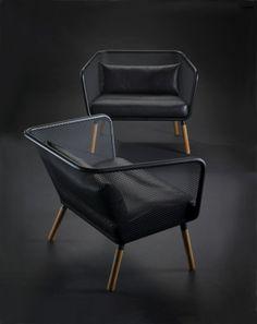 deux fauteuils design en noir