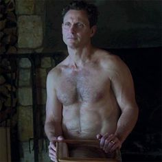 love the look on fitz's face when olivia tell's him not to sell the house yet