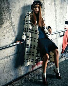 Vogue Girl November 2013 Editor: Kang Kook-hwa Photographer: Yoo Young-kyu Makeup: Ryu Hyun-jung Hair: Lee Sun-young Model: Lee Ho-jung Assistant: Han Se-rin, Shin Ah-ram