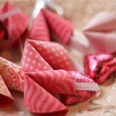 cute fortune cookie cards :)  link directs you to instructions on how to cut and fold the cookies from patterned paper.