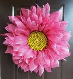Pink Daisy Wreath, Spring Daisy Wreath, Daisy Wreath, Original Daisy Wreath, Poly Burlay Daisy Wreath, Everyday Wreath, Front Door Wreath by TriciasTreasures11 on Etsy