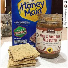 """#Repost 💐@lindseyecooley with @repostapp ・・・ One of these days I will have children and they will say """"mom you make the best snacks"""" 😃 nut butter and graham cracker sandwiches to take to the office for that mid morning slump! This apples and cinnamon sunflower seed butter from @kalotsuperfood is the 💣.com especially on cinnamon grahams! Happy hump day everybody…"""