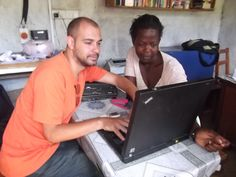 Volunteer Marco Cazzalla from Italy, at work in Tororo, Uganda with AMAIDI's partner AURO Foundation. Marco participated in a program called VOUCH, managed by AMAIDI International and YouNet from Italy, sponsored by the European Commissie via it's Youth-in-Action program.