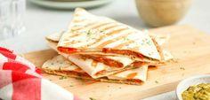 Gegrilde wrap met serranoham | In 15 min. klaar! - Lekker en Simpel Tortilla Burrito, Tortilla Wraps, Taco Wraps, Serrano Ham, 20 Min, Quiche, Tacos, Brunch, Healthy Recipes