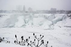 Spectacular Views of Frozen Niagara Falls: Walking across the Niagara River was halted in 1912 after a deadly accident.