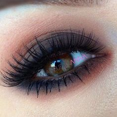 Love this for brown eyes but maybe not as much eyeshadow under the lower lash line.