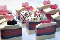 Handmade Soap for Christmas Gifts #soap #handmade #handmadesoap #sorcerysoap #giftsoap #christmasgift #handcraftedsoap