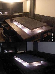 Custom DnD table with Grid and hidden lights.