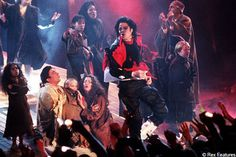 ♥ Michael Jackson ♥  - Earth Song on stage