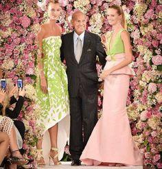 Il leggendario stilista Oscar de la Renta muore ai 82 #oscardelarenta #fashiondesigner #oscardelarentavestiti