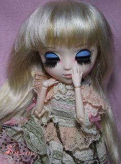 Suzane~Pullip Romantic Alice Pink Version