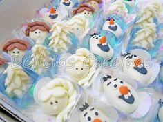 Docinhos modealdos com massa de leite em pó para o tema do filme Frozen.