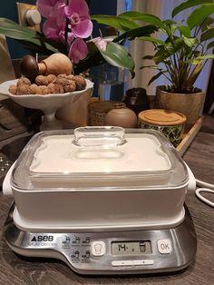 The Multi Delights Skyr recipe Greek Recipes, Meat Recipes, Slow Cooker Recipes, Mexican Food Recipes, Baking Recipes, Healthy Dessert Recipes, Clean Eating Recipes, Breakfast Recipes, Snack Recipes