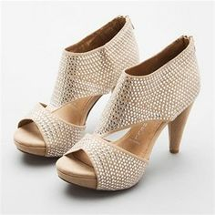 obsessed with these jeffrey campbells