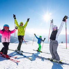 Zum Wochenstart haben wir für euch ein Winter Schneespaß Foto von der @embergeralm. Das Familienskigebiet ist ideal für Anfänger Wiedereinsteiger und Genussskifahrer. Man kann direkt selbst mit dem Auto hochfahren (10 km) oder man nimmt den Skibus der einen komfortabel vor der Hoteltüre abholt. Eine herrliche Bilderbuch-Landschaft die Skischule @drausport sowie Einkehrmöglichkeiten erwarten euch. Habt ihr für den Sommer schon Urlaubspläne? Gerne könnt ihr uns eine Anfrage für Frühling oder S Instagram, Pictures, Family Vacations, Landscape, Summer